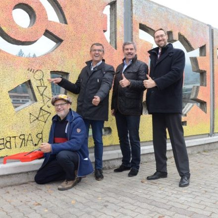 Kunstprojekt Artberg-Lärmschutzwand Kramsach. Foto: Rofan-Kurier
