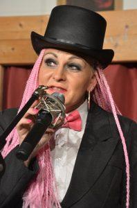"""Premiere """"Floh im Ohr"""" bei der Gaststubenbühne Wörgl am 31.10.2018. Foto: Veronika Spielbichler"""