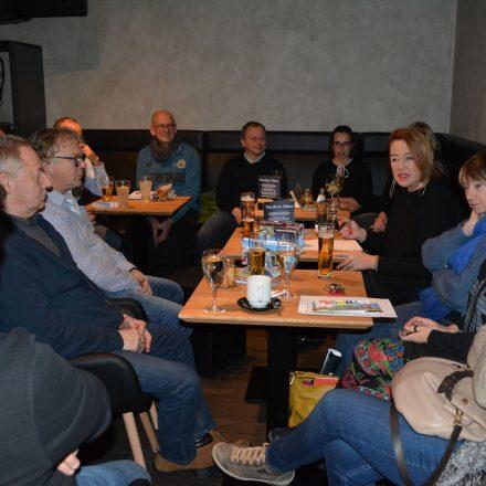 Am 23. Jänner 2019 tagte der Wörgler Kulturstammtisch in der Komma Stage-Bar. Foto: Veronika Spielbichler