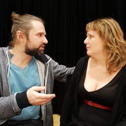 """""""Das ewige Spiel"""" titelt ein Forum-Theaterprojekt zur Geschlecherrollen-Thematik. Foto: Armin Staffler"""