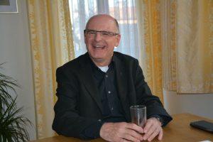 Pfarrer Theo Mairhofer am 1. April 2019. Foto: Veronika Spielbichler