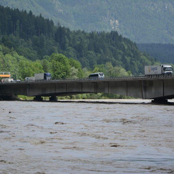 Inn Hochwasser nach Schneeschmelze am 12. Juni 2019. Foto: Veronika Spielbichler
