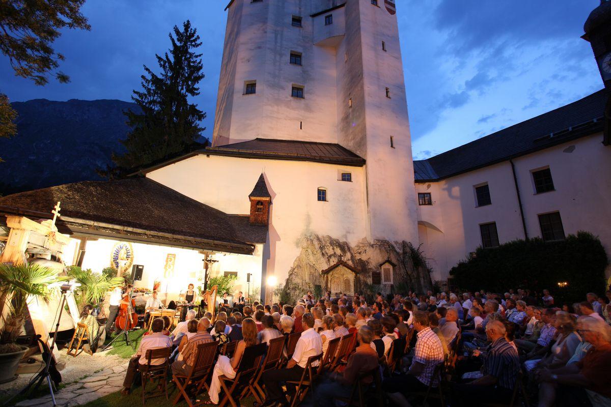 Academia Vocalis Volksmusik-Abend Tschejefem 6. Juli 2019. Foto: Hannes Dabernig