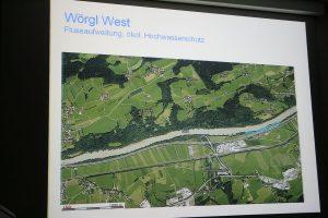 Der blau markierte Bereich wird dem Inn in Wörgl-West als Aufweitungszone zur Verfügung gestellt. Foto: Tiris