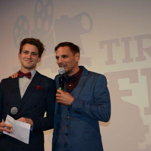 Die beiden Kurzfilm-Festival-Gründer Dominic Kainzner und Stefan Peschta stehen wieder als Moderatoren auf der Bühne. Foto: Spielbichler