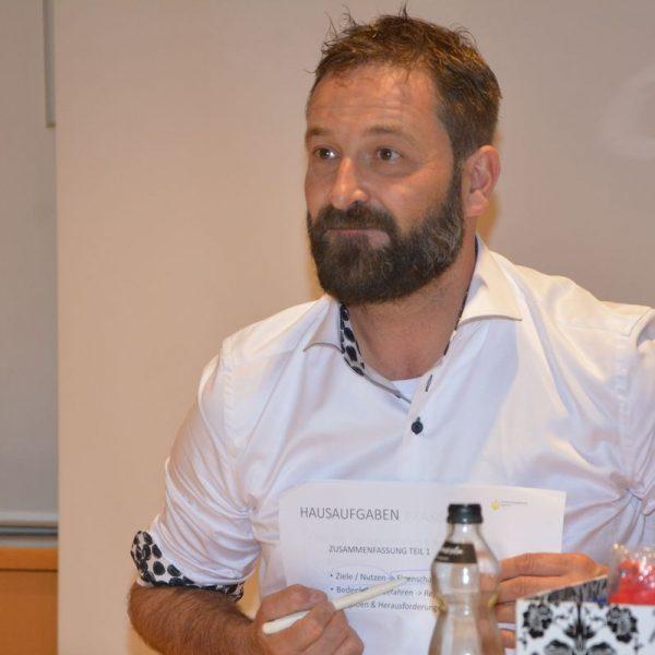 Heinz J. Hafner leitete im August und September 2019 einen Währungsdesign-Workshop für den CryptoCircle des Unterguggenberger Institutes. Foto: Veronika Spielbichler