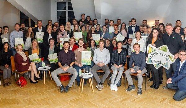 Die Veranstalter von Green Events wurden zur Ehrungsfeier nach Innsbruck geladen. Foto: Klimabündnis Tirol/Lechner