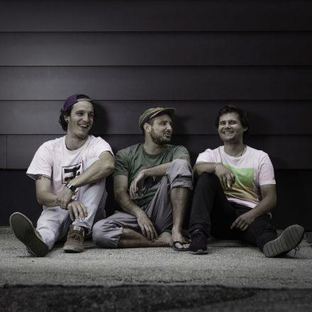 Das Trio 3Stein sind Max Dornauer, Christoph Weiss und Peter Pitterl (von links). Foto: Peter Gruber.