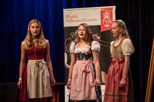 Der Dreigesang MICE ´n JU. Foto: Tiroler Volksmusikverein