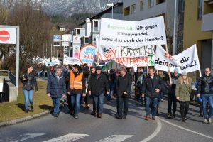 Bauern-Protestaktion am 26.2.2020 bei der SPAR-Zentrale in Wörgl. Foto: Veronika Spielbichler