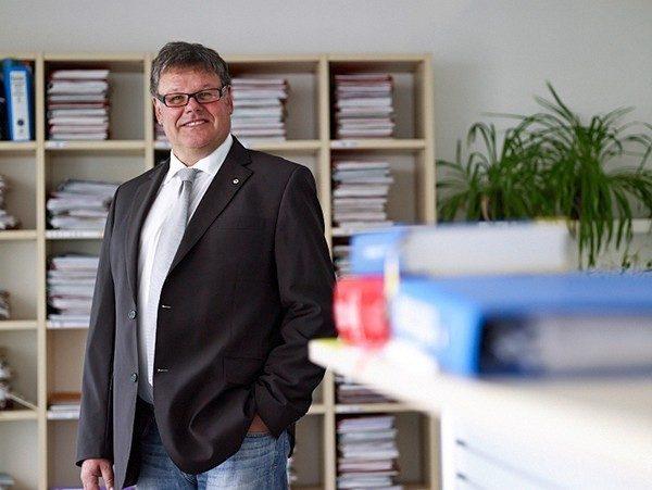 Rechtsanwalt Mag. Markus Steinbacher informiert Vereine über rechtliche Aspekte betreffend Generalversammlungen. Foto: www.ra-steinbacher.at