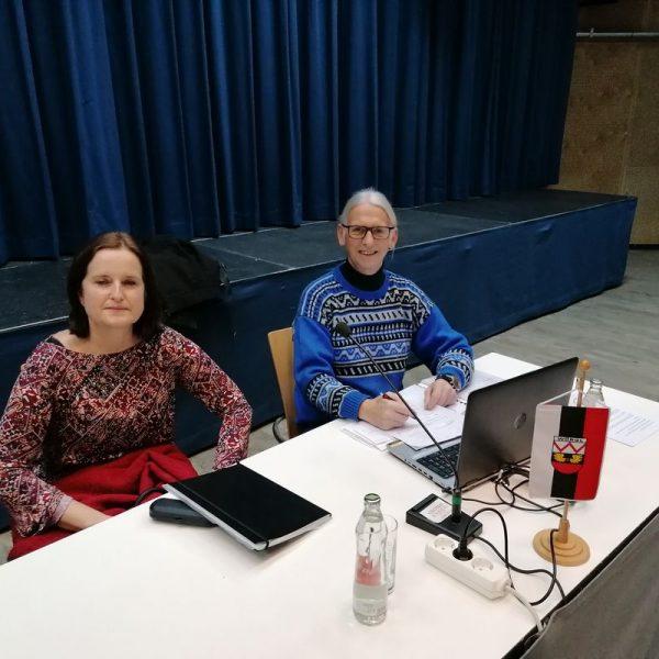 Die Grün-Gemeinderäte Christine Mey und Richard Götz kritisieren die Kommunikations-Strategie der Stadtgemeinde Wörgl in der Corona-Krise. Foto: Wörgler Grüne
