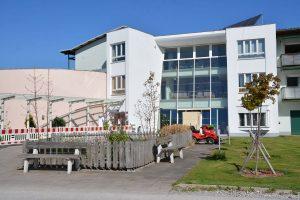 Corona: Seniorenheim Kirchbichl - neue Besucherbox ab 27. April 2020. Foto: Veronika Spielbichler