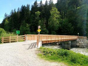 Neue Fuß- und Radwegbrücke über die Brixentaler Ache in Hopfgarten. Foto: Veronika Spielbichler