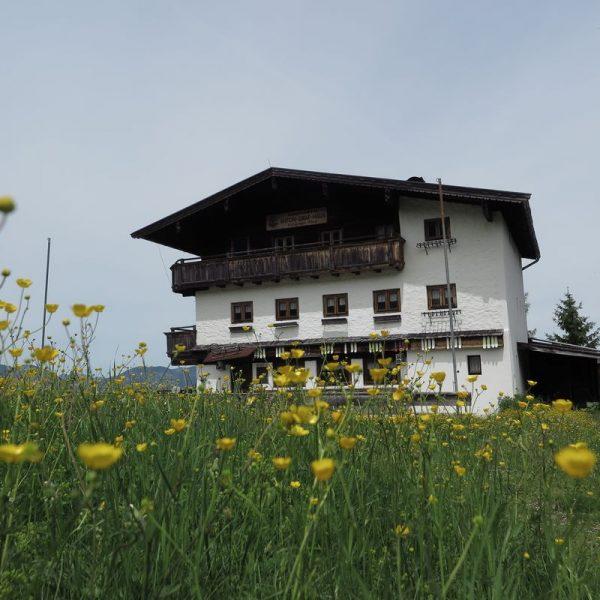 Mit einem Frühschoppen am 22. August 2020 verabschieden sich die Wörgler Naturfreunde von der Anton Graf-Hütte in Niederau. Foto: Gerhard Berger