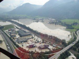 Luftaufnahme Inn-Hochwasser 2005. Foto: Flugrettung