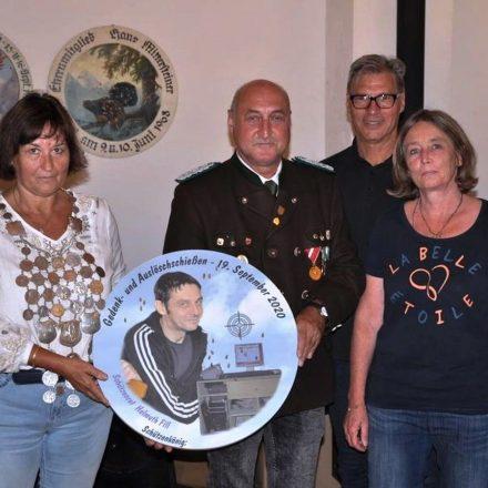 Schützenkönigin Andrea Ruperto, OSM Alfred Bauhofer, SM Klaus Huber, Petra Fill. Foto: Wilhelm Maier