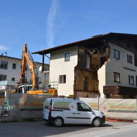 Abbruch Albertini-Haus Bahnhofstraße Wörgl September 2020. Foto: Veronika Spielbichler