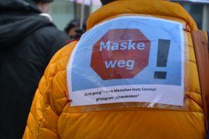 Kundgebung gegen Corona-Maßnahmen in Wörgl am 24.10.2020. Foto: Veronika Spielbichler