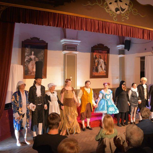 """Gaststubenbühne Wörgl Premiere """"Der eingebildet Kranke"""" am 24.10.2020. Foto: Veronika Spielbichler"""