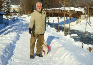 """Seit 2014 setzte sich der """"Achenpromenade Kämpfer"""" für eine Vergrößerung der Wanderwege entlang der Kundler Ache ein. Foto: Florian Haun"""
