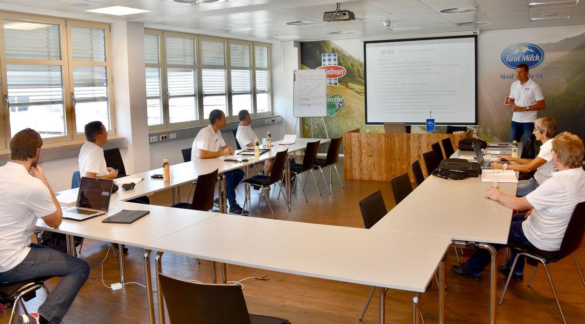 """Beim """"Zukunftsworkshop 2025"""" wurde mit den Spartenleitern ein Programm für die kommenden fünf Jahre ausgearbeitet. Foto: Mehnert/ÖRSV"""