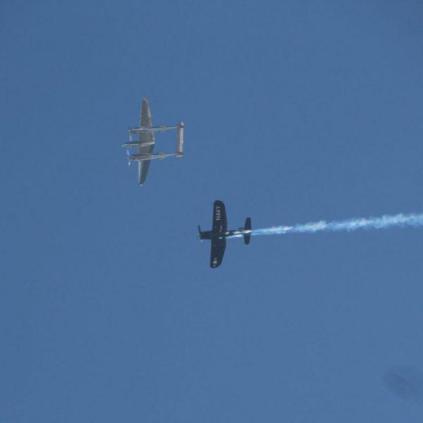 Die Flying Bulls über Wörgl. Foto: Wilhelm Maier