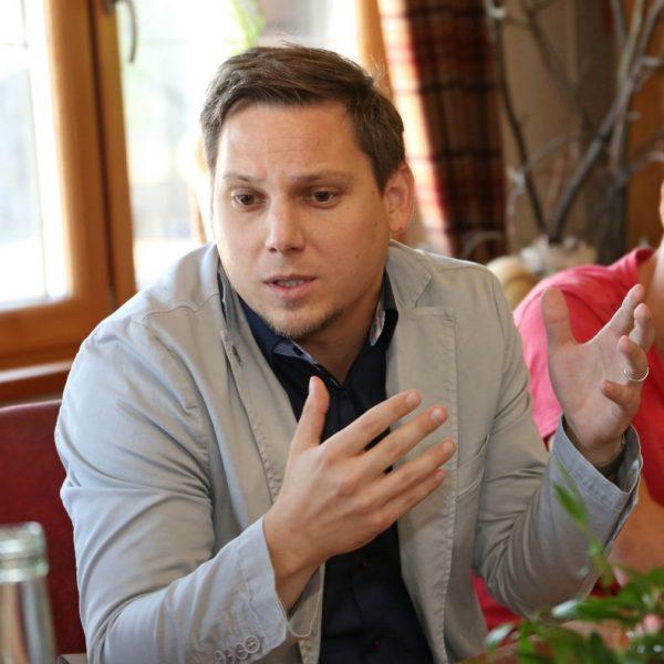 Kovacevic sind die leeren Versprechen der Bundesregierung zu wenig. Foto: SPÖ Bezirk Kufstein