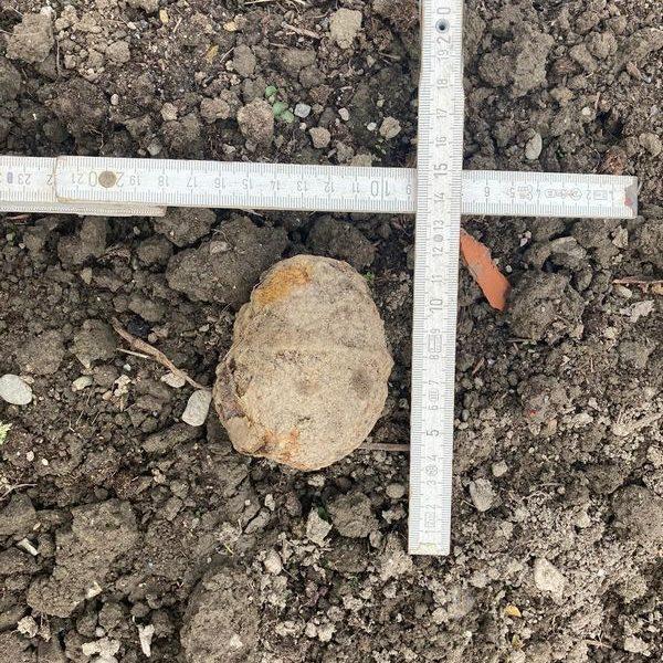 Die aufgefundene Granate war ungefährlich. Foto: Polizei Wörgl