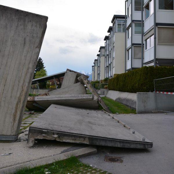 Einsturz Laubengang Wohnanlage Winklweg am 4. Mai 2021. Foto: Veronika Spielbichler