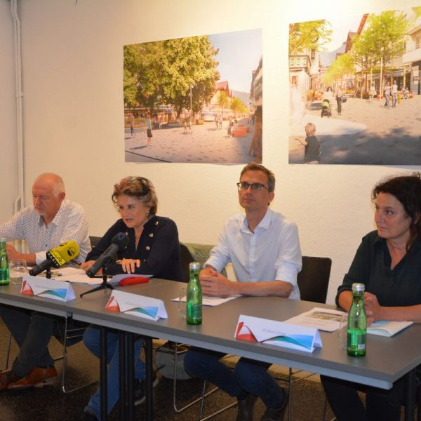 Fußgängerzone Wörgl - Präsentation Siegerprojekt Architektenwettbewerb am 17.8.2021. Foto: Veronika Spielbichler