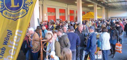Das war noch vor Corona - nach der Pause im Vorjahr lädt der Lions Club Wörgl heuer wieder zum beliebten Trödelmarkt. Foto: Lions Club Wörgl