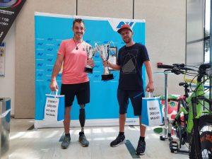 Diese beiden Athleten schafften besonders viele Kilometer! Foto: RZ Häring