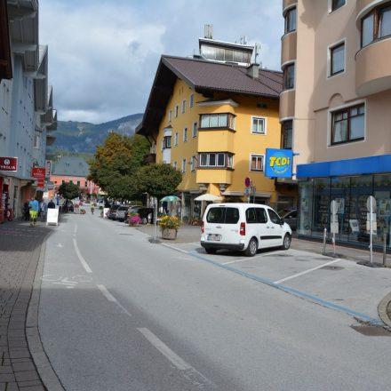 Wörgler Bahnhofstraße September 2021. Foto: Veronika Spielbichler